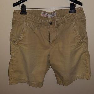 EUC men American Eagle  shorts sz 34